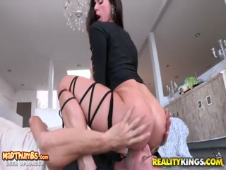 Kendra Lust In Lust At First Sight For Monster Curves Reality Kings