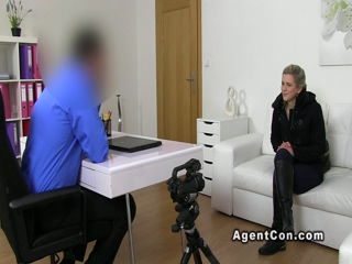 Blonde fucks fake agent