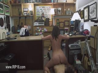 Super amateur girl in secret voyeur place 65