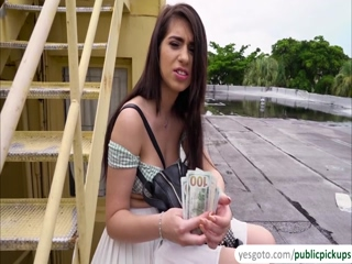 sexy teen joseline kelly fucks for a  full of cash