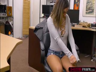 Big tits latina Mariah rides Shawns dick