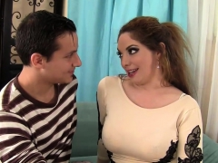 Curvy Wife Loves His Pulsating Schlong
