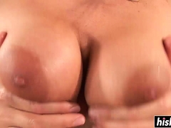 Hot Chick Craves For An Ass Banging
