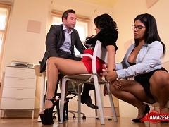 Big Tits Pornstar Threesome With Cumshot