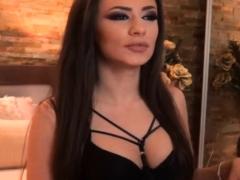 Hot Latina Babe Fuck Her Pussy Seductively