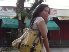 Thai Awesome Bitch Gets Fingered