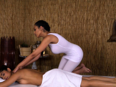 Massage Rooms British Indian Sahara Knite