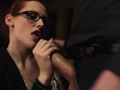 Sex Appeal Gal Emy Russo Enjoys A Wet Session
