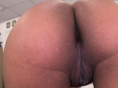 Spicy Ebony Aaliyah Grey Riding Meat In Front Of Camera