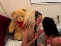 Amateur Lesbian Sex