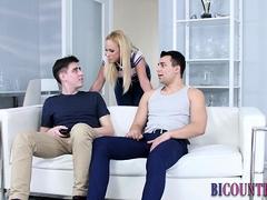 Bi Threeway Dudes Sperm