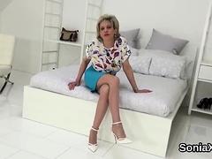 Unfaithful English Milf Gill Ellis Reveals Her Massiv28tnx